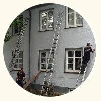 Dachschragendämmung weißes Haus von Kröger in Hamburg