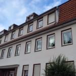 Hamburg: Fassade mit Einblasdämmung günstig und entsprechend der Energieeinsparverordnung sowie der KfW saniert.